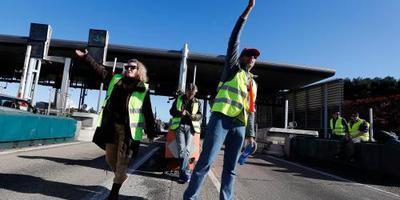 'Gele hesjes' protesteren in twee steden