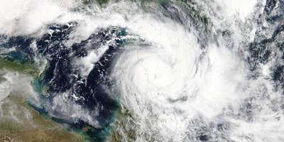 Evacuaties Australië voor twee cyclonen