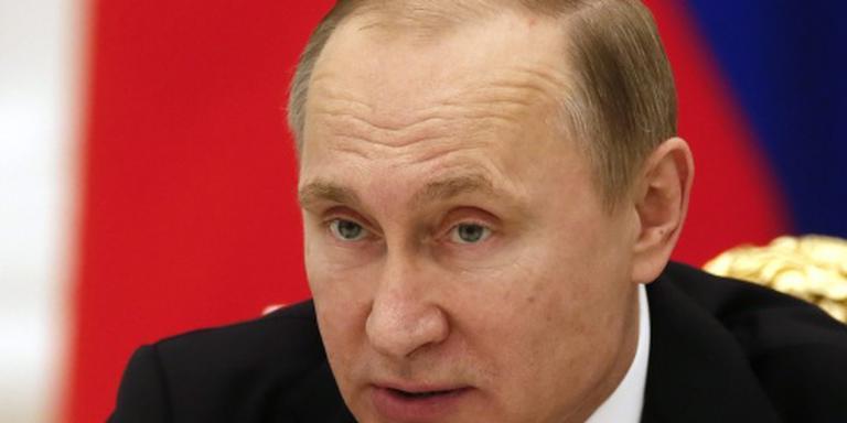 Poetin bekritiseert Lenin fel