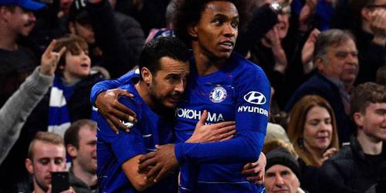 Pedro en Willian helpen Chelsea aan zege