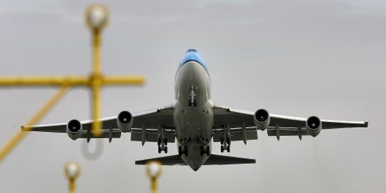 Passagier KLM-toestel verwondt co-piloot