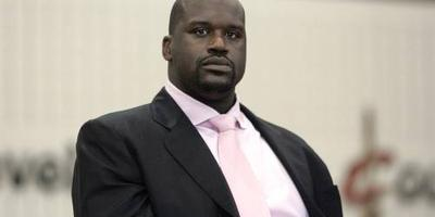 Basketballer Shaq stapt in bij Papa John's