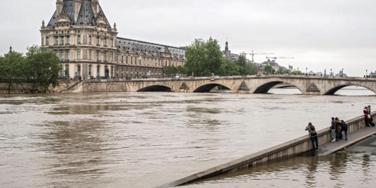 Louvre woensdag weer open