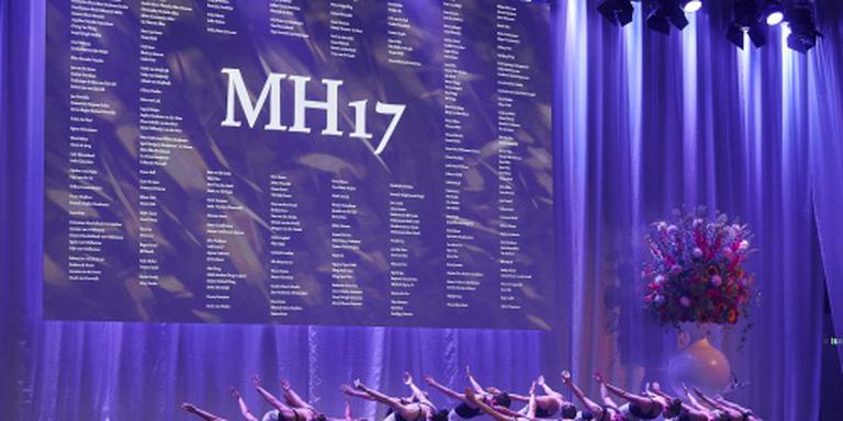 Nabestaanden herdenken slachtoffers MH17