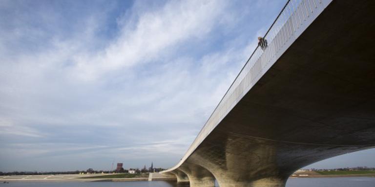 Waterpeil Waal fors lager door nieuwe dijken