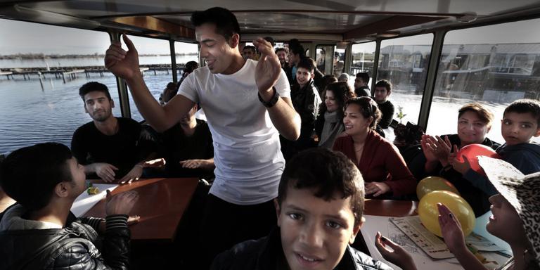 Vluchtelingen maken rondvaart