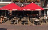 Eigenaar café It Houtsje stelt borrel voor, nu het nog kan..