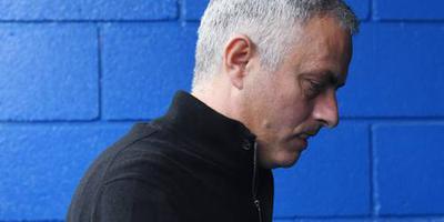 Mourinho door het lint na gelijkspel United