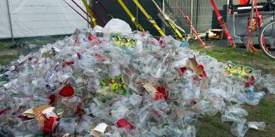 Festivals strijden samen tegen wegwerpplastic