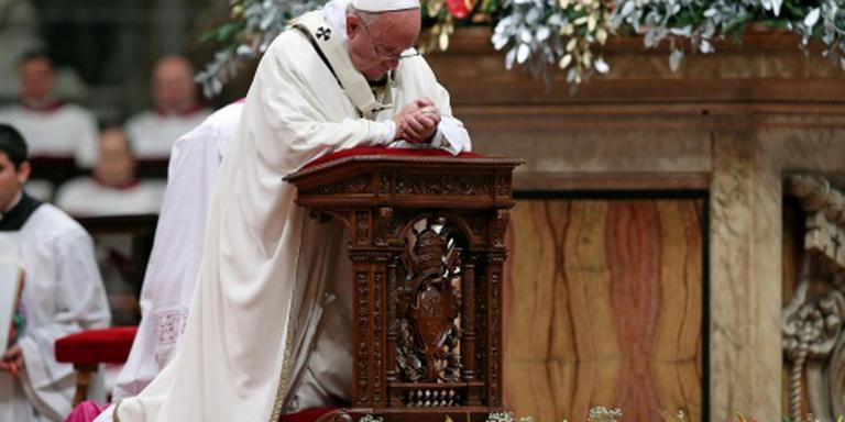 Paus: terug naar de basis van het leven
