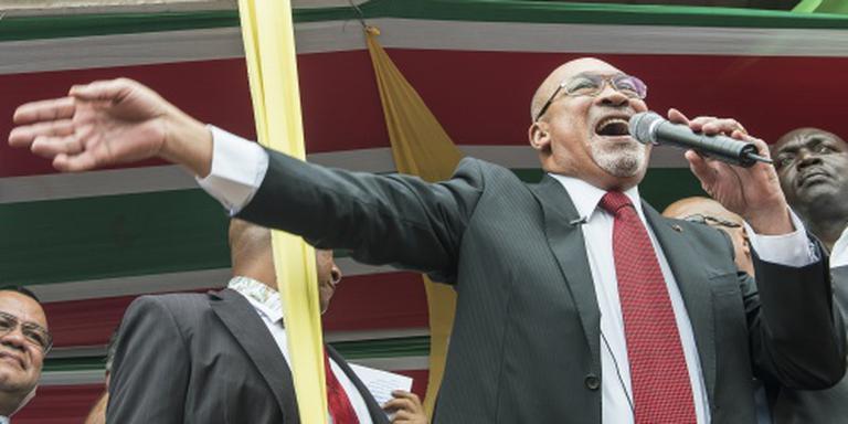 Bouterse blokkeert Decembermoordenproces