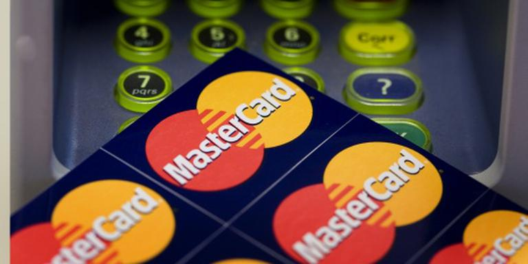 Pinnende consument stuwt winst MasterCard