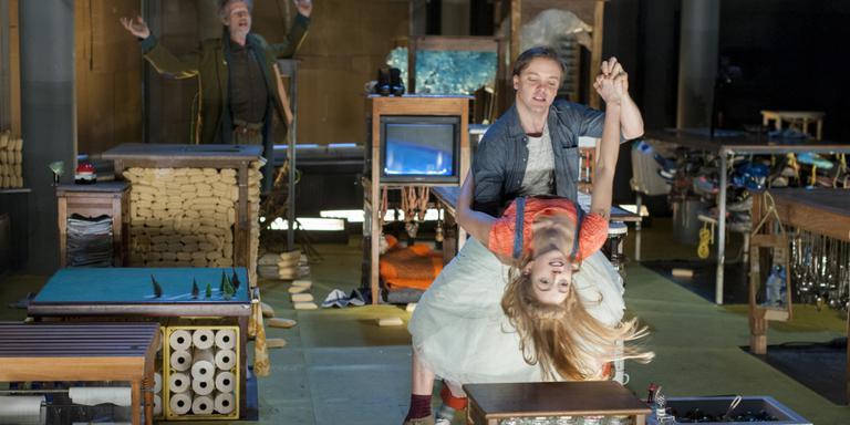 Eelco Venema en Ali Zijlstra in 'Rooftop Memories' FOTO BEN VAN DUIN