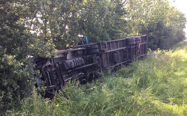 Vertraging op A7 bij Bolsward na ongeval met vrachtwagen voorbij.