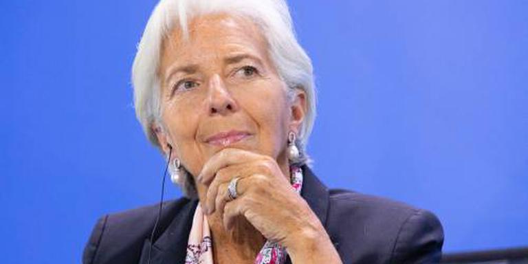 Vliegtuig met IMF-directeur maakt noodlanding