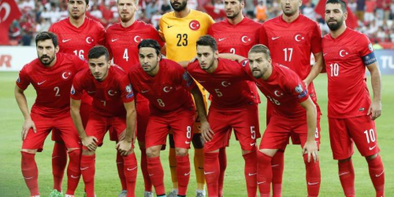 Burak Yilmaz laat Turkije winnen