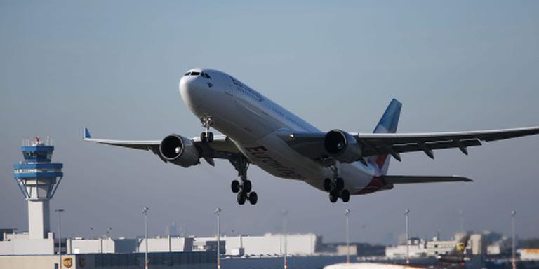 Piloot laat tientallen passagiers achter