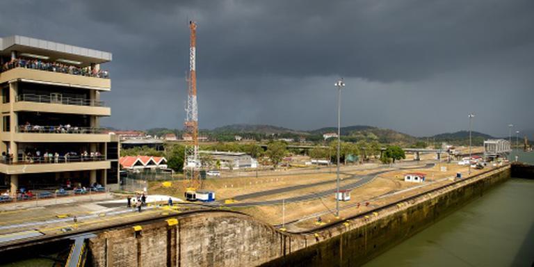 Panama opent verdiept en verbreed kanaal