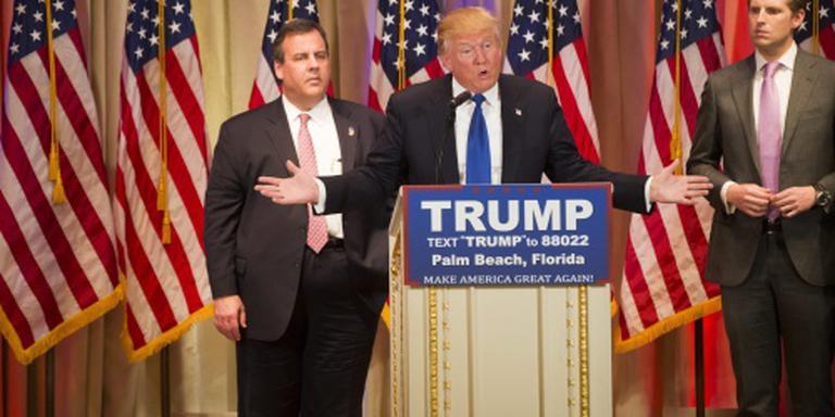 Trump zwaar onder vuur tijdens debat