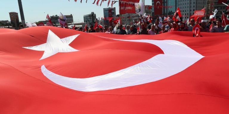 Turkije ontslaat diplomaten na coup