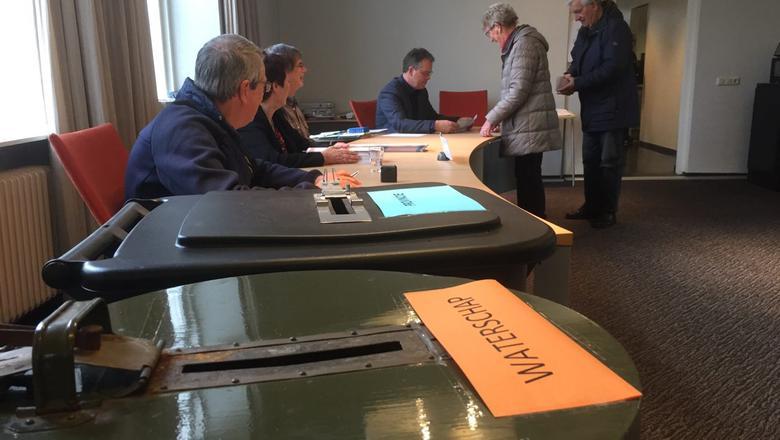 Stemmen op Schiermonnikoog. FOTO LC