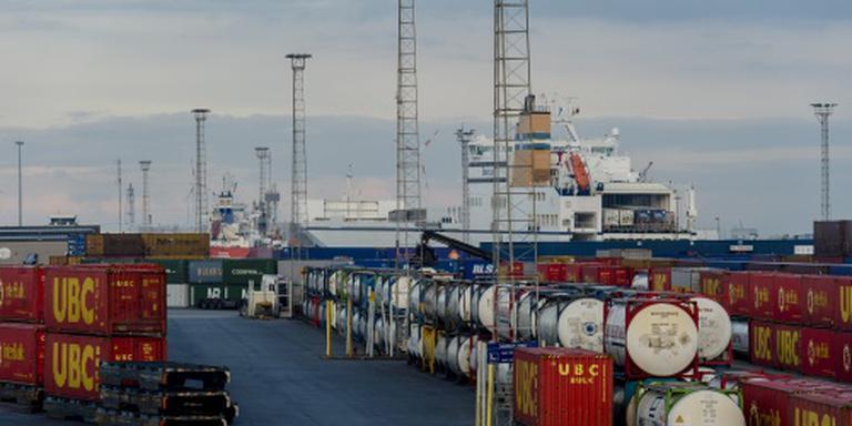 Meer overslag bij Nederlandse zeehavens