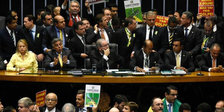 Parlement stemt voor afzetting Rousseff