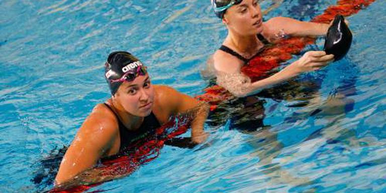 Estafettezwemsters als snelsten naar finale