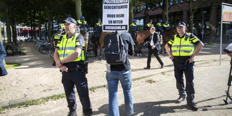 Enkele tientallen betogen tegen politiegeweld
