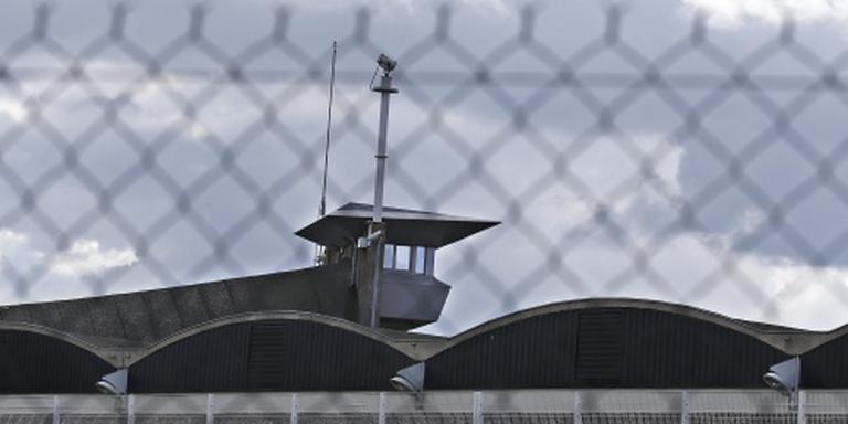 Noodkreet uit grootste gevangenis van Europa