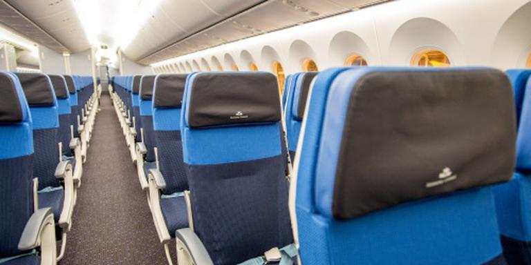 Agressieve TUI-passagier maakt amok
