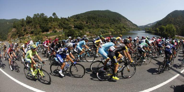 Yates wint zesde etappe Vuelta
