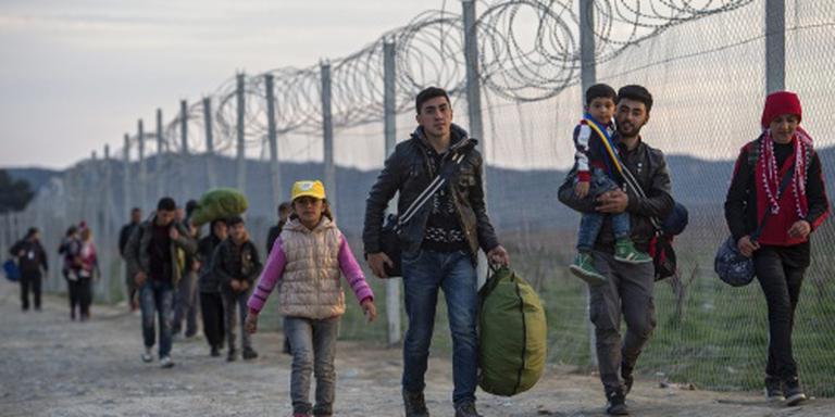 Griekenland opent veertien nieuwe azc's