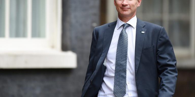 Hunt werpt zich op als opvolger Cameron