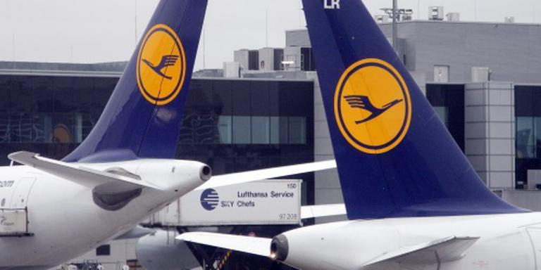 Lufthansa teert op buffer eerste jaarhelft