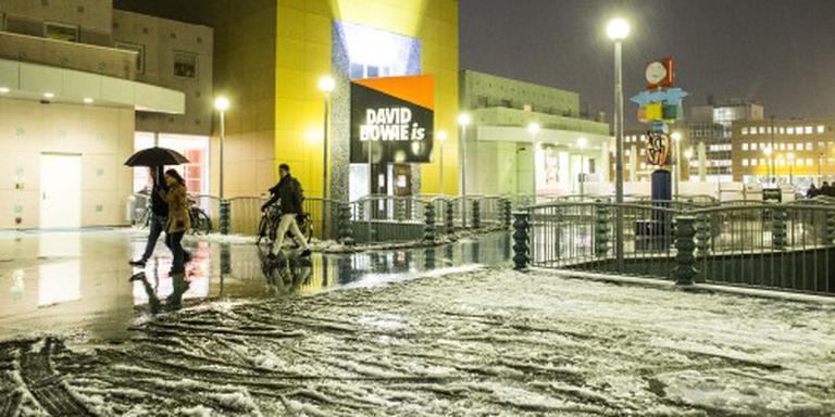 Sneeuw noorden en Limburg, veel regen Zeeland