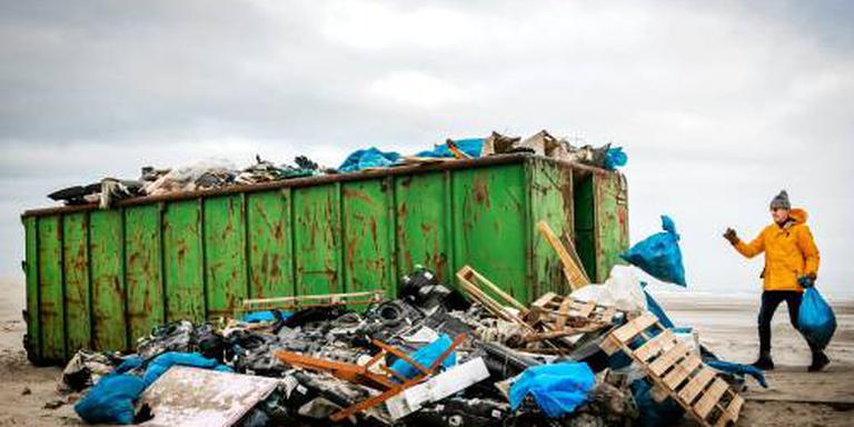 '1,2 miljoen kilo uit containers geborgen'