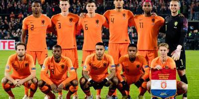 Oranje staat voor 800e interland