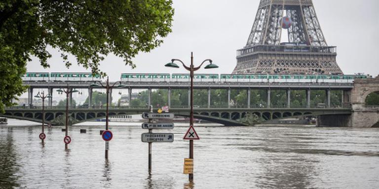 Dodental door noodweer Frankrijk hoger