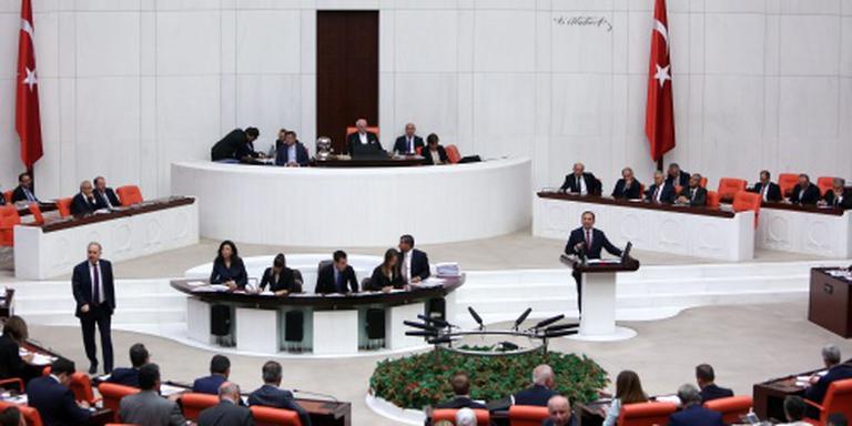 Turks parlement akkoord met noodtoestand