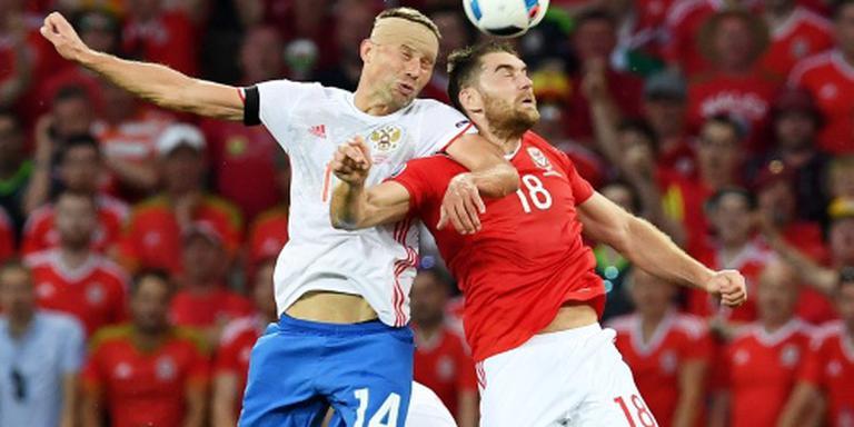 Engeland en Wales door, Rusland uit EK