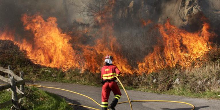 Bosbranden teisteren droge noorden Spanje