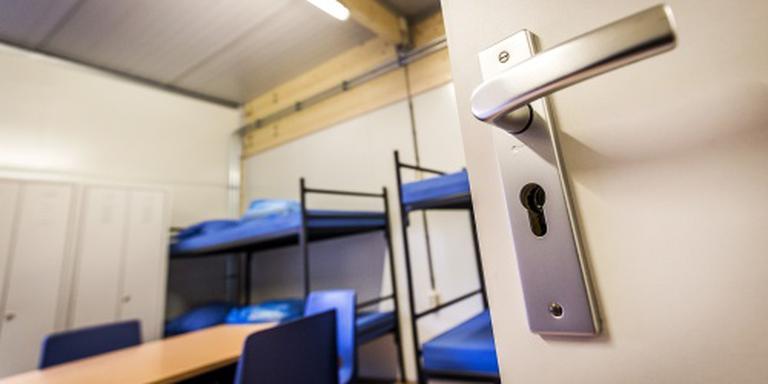 'Veel asielbedden in opvang leeg'
