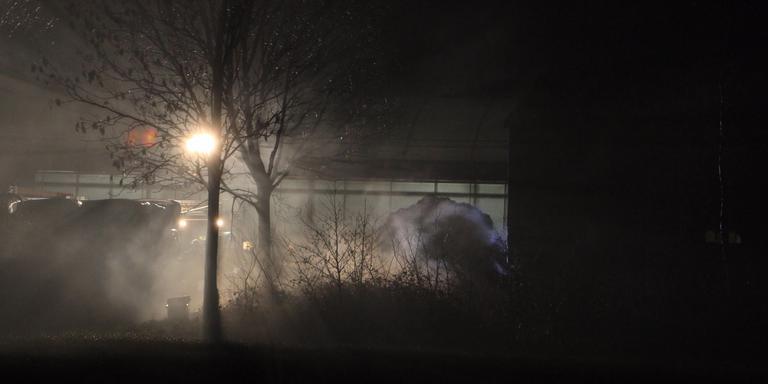 De hooibult wordt uitgereden over het land. FOTO JARING RISPENS