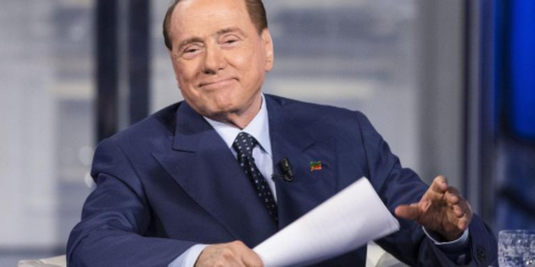 Berlusconi ondergaat openhartoperatie