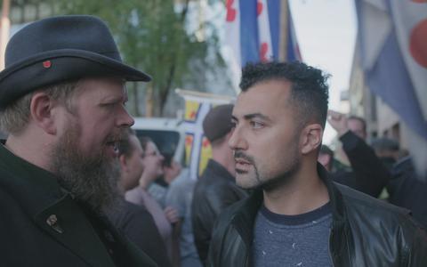 Özcan Akyol onderzoekt mediakloof: 'Voor Hilversum is Friesland fokking ver weg'