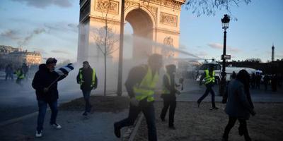 Verbod 'gele hesjes' op Champs-Elysées