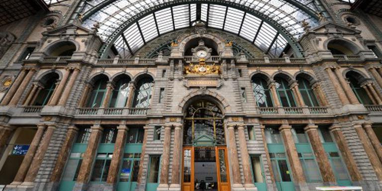Centraal station Antwerpen ontruimd