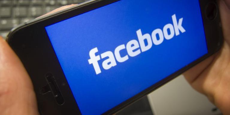 Facebook ziet omzet en winst flink aantrekken