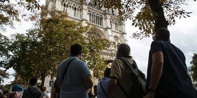 Toerist weet Parijs weer te vinden
